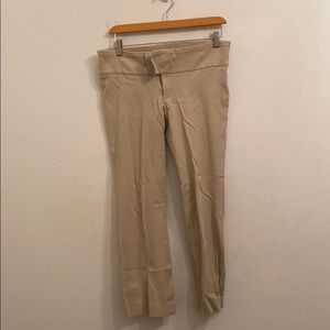 A Pea in the pod size small beige pants